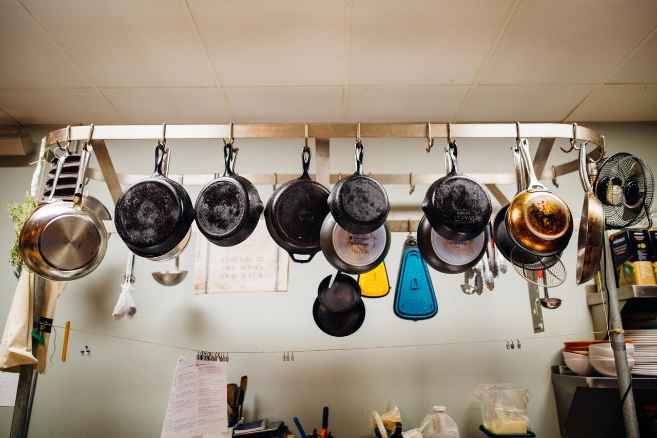 Pomocníci vprofi kuchyni – panvice